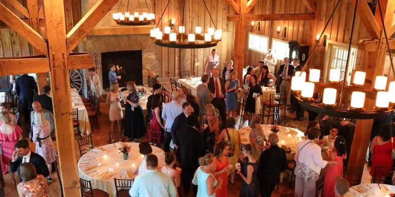 Five Mistakes to be avoided while choosing Barn Venue